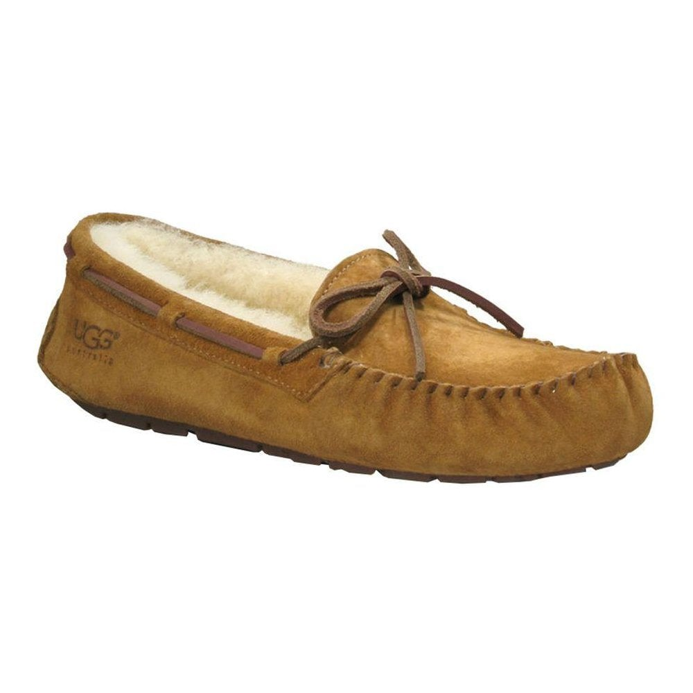 uggs moccasin